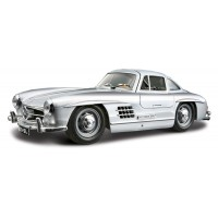 Mercedes-Benz 300 SL (1954) escala 1:24 - Silver