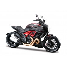 MOTO Ducati Diavel Carbon 1:12